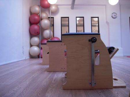 pilates chairs & ball chaps la salle à paris