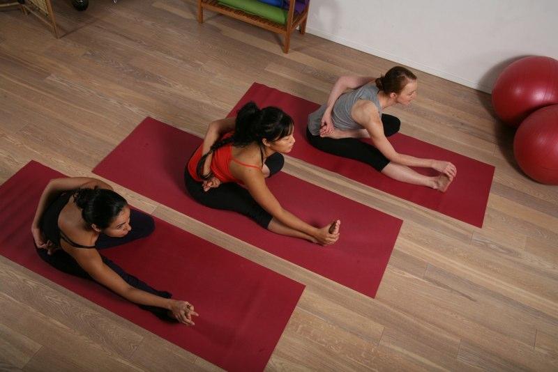 Yoga pilates - postures-yoga-chaps