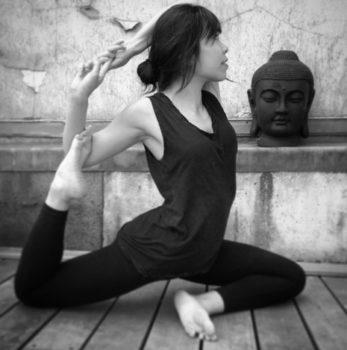 Thao professeur yoga - chaps