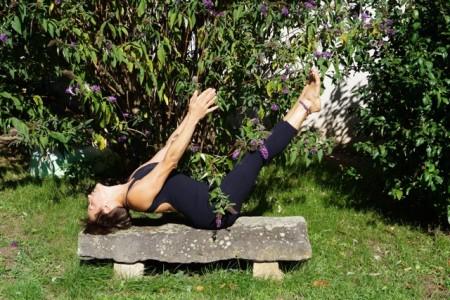 StéphaniStéphanieS, yoga Vinyasa et Yin Yoga Atelier Vinyasa flow, Yogicarts, méditation, chaps